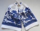 Blue Willow Kitchen Hand Towel, Crochet Top Towel, Towel Toppers, Hanging Hand Towel
