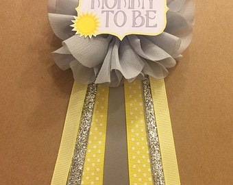 You are my sunshine Yellow Gray Baby Shower pin Mommy to be pin Flower Ribbon Pin Corsage Glitter Mommy Mom New Mom baby shower silver sun