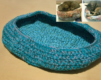 ON SALE, Cat Bed, Crocheted Cat Bed, Oval Cat Bed, Green and Turquoise