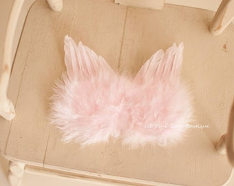 SOFT PINK NEWBORN Feather Wings, Newborn Wings, Angel Wings, Newborn Photo Prop, Newborn baby wings, Pink angel wings, baby wings