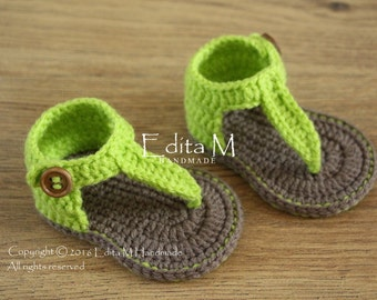 Crochet baby sandals, baby gladiator sandals, baby booties, baby shoes, brown and apple green, gift, photo prop, READY TO SHIP, 3-6 months
