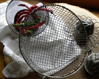 Primitive Rare FRENCH Bakery Rare 1800s Wire Ware Lg. All Hand Crimped Handled Basket, No Rust or Baked on Old Blackened Grease
