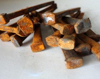 "16 Vintage Square Nails Un-USED Rusty Primitive 2 1/2"" Restore Decorative Woodwork Steampunk Architectural Barn Rust Industrial Arts Crafts"
