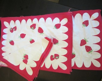 Strawberry Linen Set - 7 Pieces