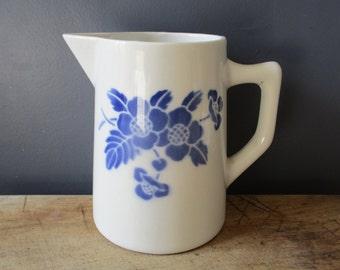 Vintage french pitcher, Blue flowers, 1980s, Moulin des Loups, Retro kitchen, Home decor, Pichet, Broc, Café, Bistrot