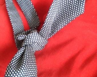 Vintage blue & white dotted bowtie