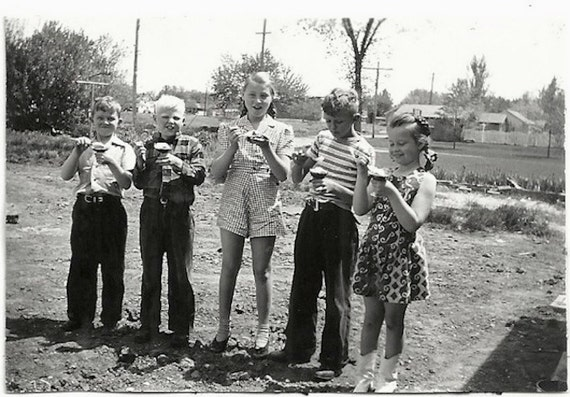 Old Photo girls and Boys eating Ice Cream 1940s Photograph snapshot Vintage Children