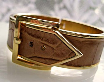 Vintage Buckle Bracelet, Embossed Faux Leather Cuff, Hinged Gold Metal with Tan Leatherette Lizard Crocodile, Adjustable Buckle Closure
