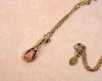 Avon Gold Tone Fireglow Teardrop Opal Pendant - vintage 1977