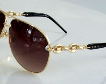Vintage Gucci Brown and Gold Aviator Sunglasses. Stunning!! Gold Gucci Chane, case, box, papers, for men and women. Authentic!