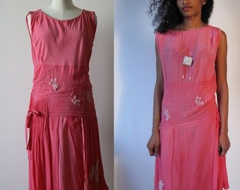 1920's Chiffon silk flapper dress with embroidery beads
