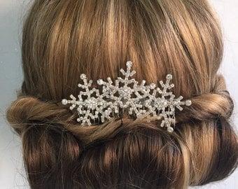 Bridal headpiece - Winter snowflake hair comb -Wedding hair comb -  Bridal hair accessories - party headpiece.