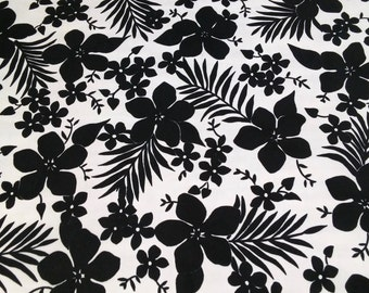Vintage Black and White Tablecloth 58 inches wide by 96 inches long