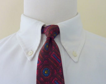 RARE Vintage 1950s A.H. Riises Gift Shop of St. Thomas 100% Cotton Batik Print Trad / Ivy League UNLINED 3-FOLD Neck Tie. Made in England.