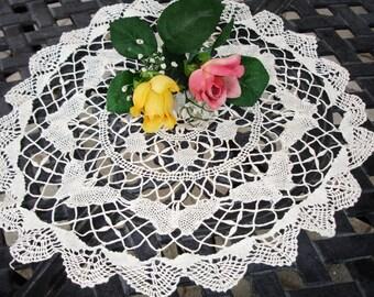 """Doily hand crochted, Butterflies, Edwardian era, Centerpiece doily, Round, Hand made, 16.5"""" round, Victorian, Cottage chic"""