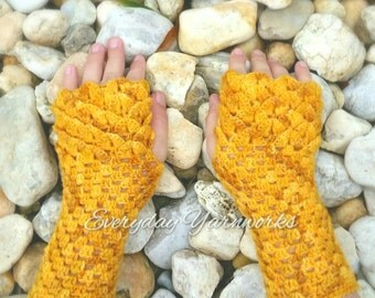 Crochet PATTERN - Dragonhart Mitts // Child L // Ladies S/M/L/XL Sport Weight // Fingering Weight // Dragon scale Fingerless Gloves
