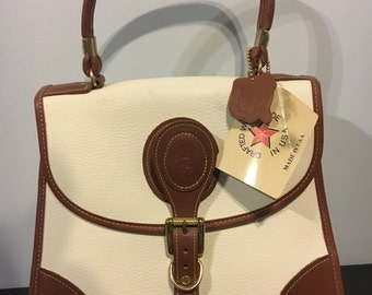 New with tags 1980s white purse leather