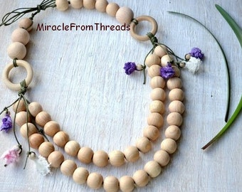 Babywearing necklace,Wrap Scrap Nursing necklace,Teething necklace,Wooden ring,Purple white beige,Gift for mom baby,Wrap baby Ellevill Zara