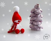 Small SnowMan - pdf knitting pattern ( knitted in the round ). Christmas Ornament