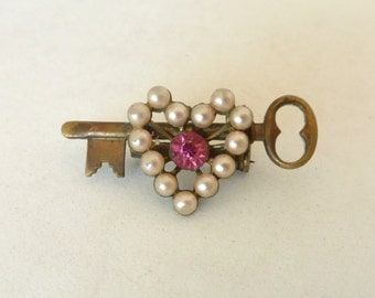 Vintage 1940's Key and Pearl Heart Pin with Pink Rhinestone Crystal Center