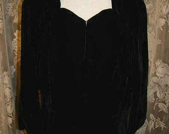 Beautiful 1930's early 1940's Black silk velvet blouse.