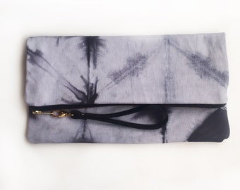 002//black//XL hand-dyed canvas clutch with genuine leather wrist strap