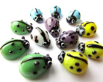 10pcs Assorted Ladybug Beads Mixed Colors Glass Beads 10 x 15 mm Ladybird Beads Lampwork Glass Beads Insect Beads Jewelry Supplies