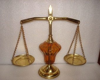 """Vintage Brass And Amber Glass Usable Scales Of Justice / Balancing Scale 10 1/2"""" Tall"""