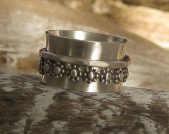 Sterling silver spinner ring worry ring fidget ring  hugs and kisses infinity size 8 1/2