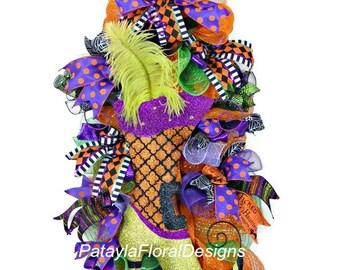 Witch Boot Swag, Halloween Wreath, Halloween Swag, Deco Mesh Swag, Halloween Wreaths, Halloween Decoration, Party Wreath, Door Wreath