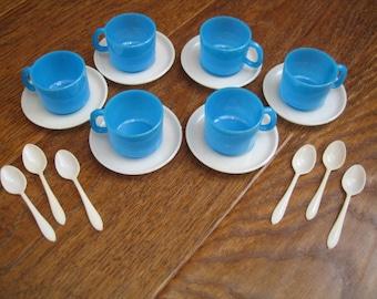 Vintage Childs Miniature White & Blue Toy Tea Set, Eighteen Piece Set