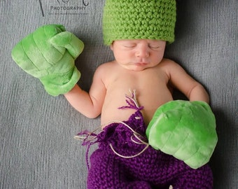 Newborn Hulk Hat and Pants/ With Gloves