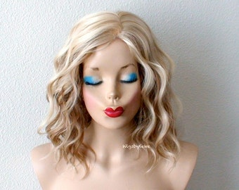 Short wig. Ombre wig. Blonde wig. Blonde / Lt. Brown Beach wave hairstyle wig. Durable Heat resistant wig for daily use or Cosplay.