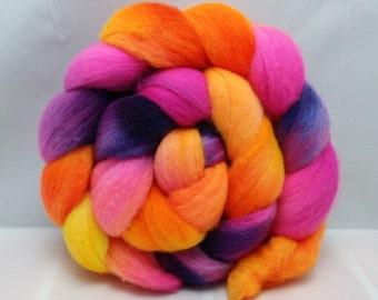Hand dyed Merino spinning fiber 4oz.