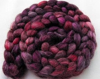 BFL Gotland Wool Roving - Handpainted Spinning Fiber -   5.3 oz.  Nr. 706