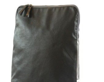 Black Computer Bag, Laptop Backpack, Vegan Computer Bag, Computer Bag Men, Padded Laptop Bag, Black Rucksack, waterproop Backpack