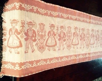 Vintage Table Runner!