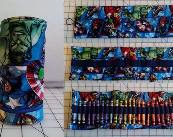 Avengers Crayon Roll with 24 Crayons Included