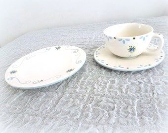 breakfast ceramic plate and cup- blue roses