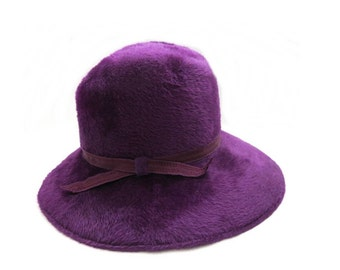 Vintage cloche - german company - felt hat 70s - flower power - purple