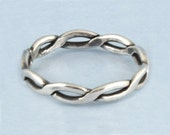 Vintage Sterling  Silver Braided / Infinity Twist Stackable Ring