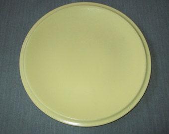 "Vernon Kilns ULTRA CALIFORNIA Buttercup Yellow 12"" Round Platter / Chop Plate, c. 1937-42"