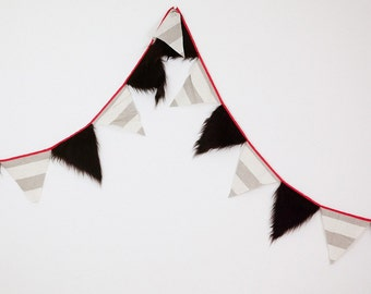"Fur linen flags garland ""The sea-urchin"" READY FOR DISPATCH!"