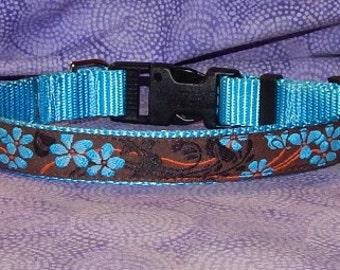 Medium Torqouise Lily collar