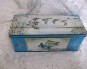 Jacob's Biscuits Tin  Ducks Pictured Oblong Shape Label