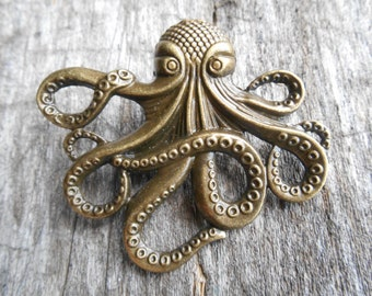 "Large Steampunk Octopus Brooch 2 1/4"" (58 mm), Jules Verne, 20,000 Leagues Under the Sea, Antique Bronze"