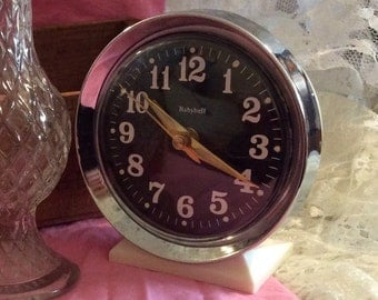 Vintage Baby Bell Wind-up Clock Keywound Classic Analog Luminous Clock Silver and Black