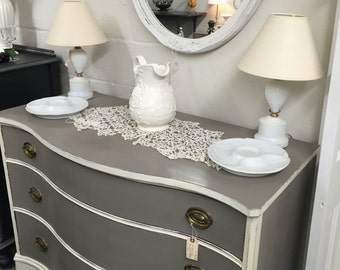 SALE/Chic Bow Front Federal Style Dresser/Chest