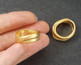 2 Chunky Thick Organic Oval Ring Closed Loop Pendant Connector  - 22k Matte Gold Plated - 1 PC