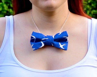Bird Print Bow Tie Necklace | Jewellery | Bird Necklace | Silver Plated | Gift for her | Jewelry | Blue | Fashion accessory